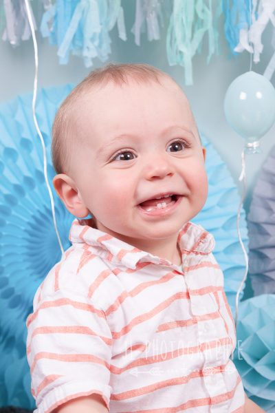 baby party - photographe enfant compiegne-photographe enfant oise-photo anniversaire-smash the cake-studio photo oise